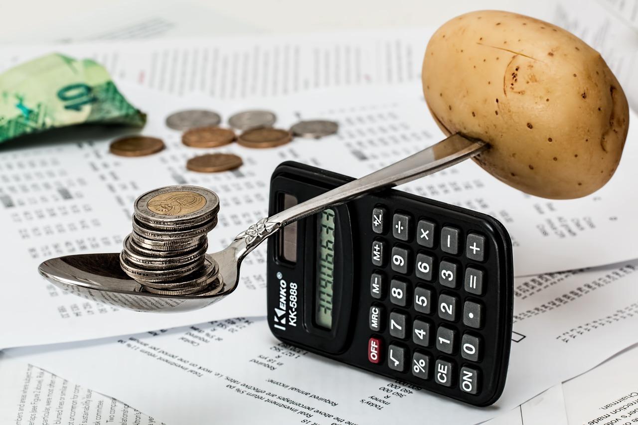 6 nieoczywistych wydatków, które możesz wrzucić w koszty firmy