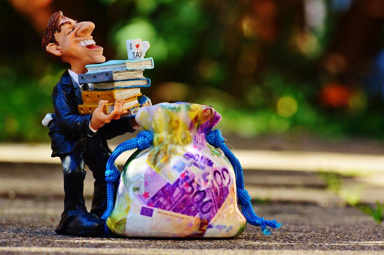 Jednoosobowa działalność gospodarcza – jakie podatki i składki trzeba płacić? + Konkurs!
