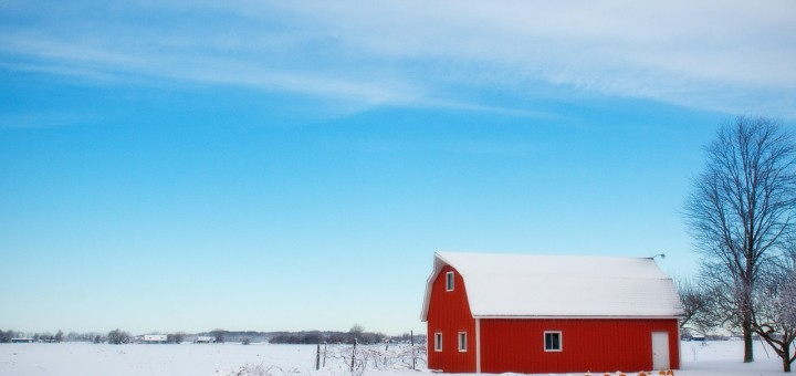 winter-barn-556696_1280