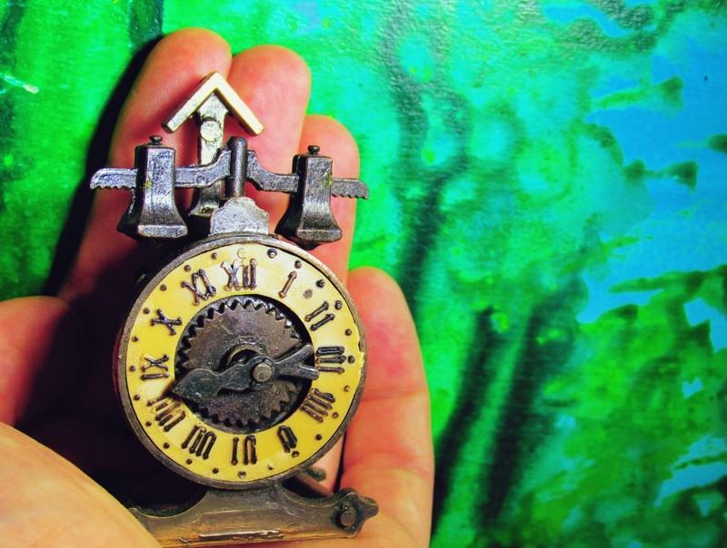 Jak wyliczyć swoją stawkę godzinową? Wskazówki i kalkulator do pobrania