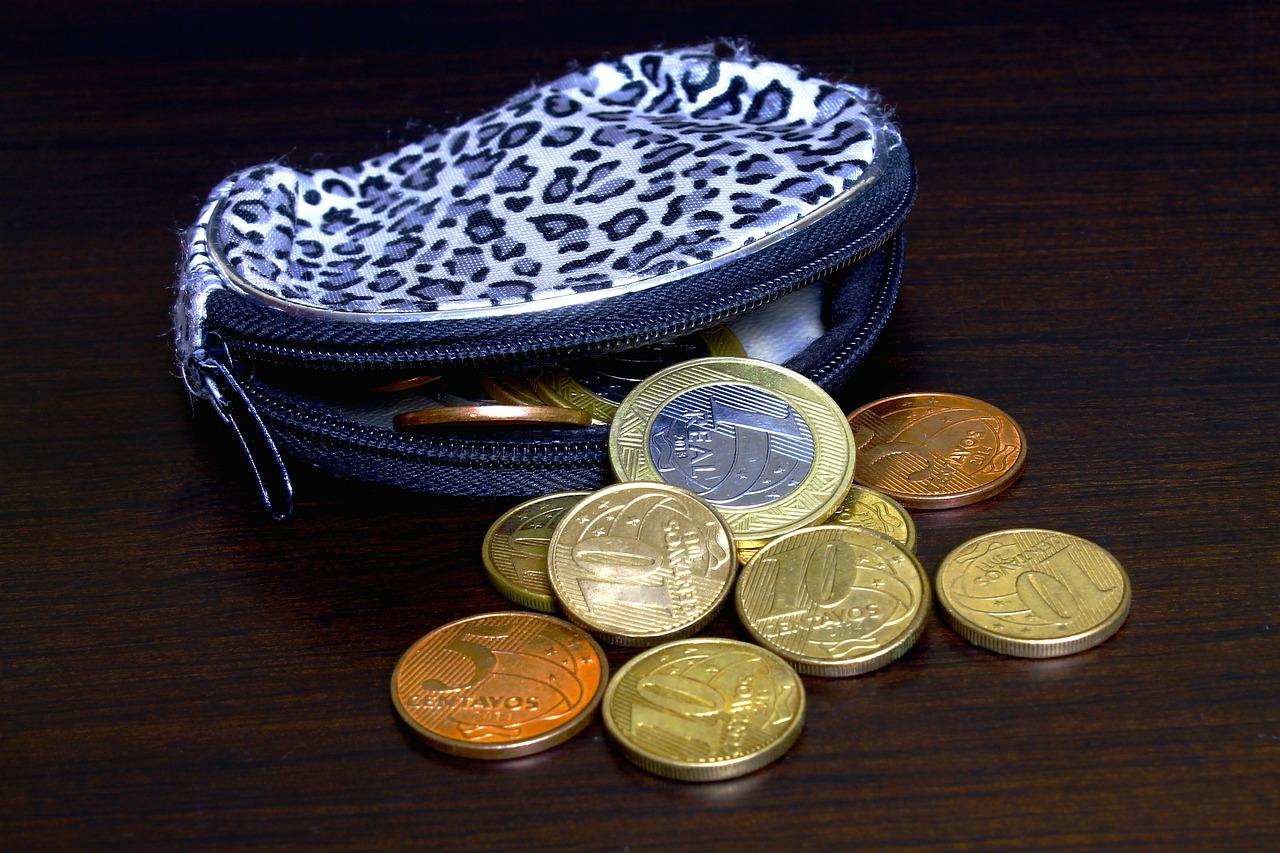 Polacy muszą nauczyć się oszczędzać
